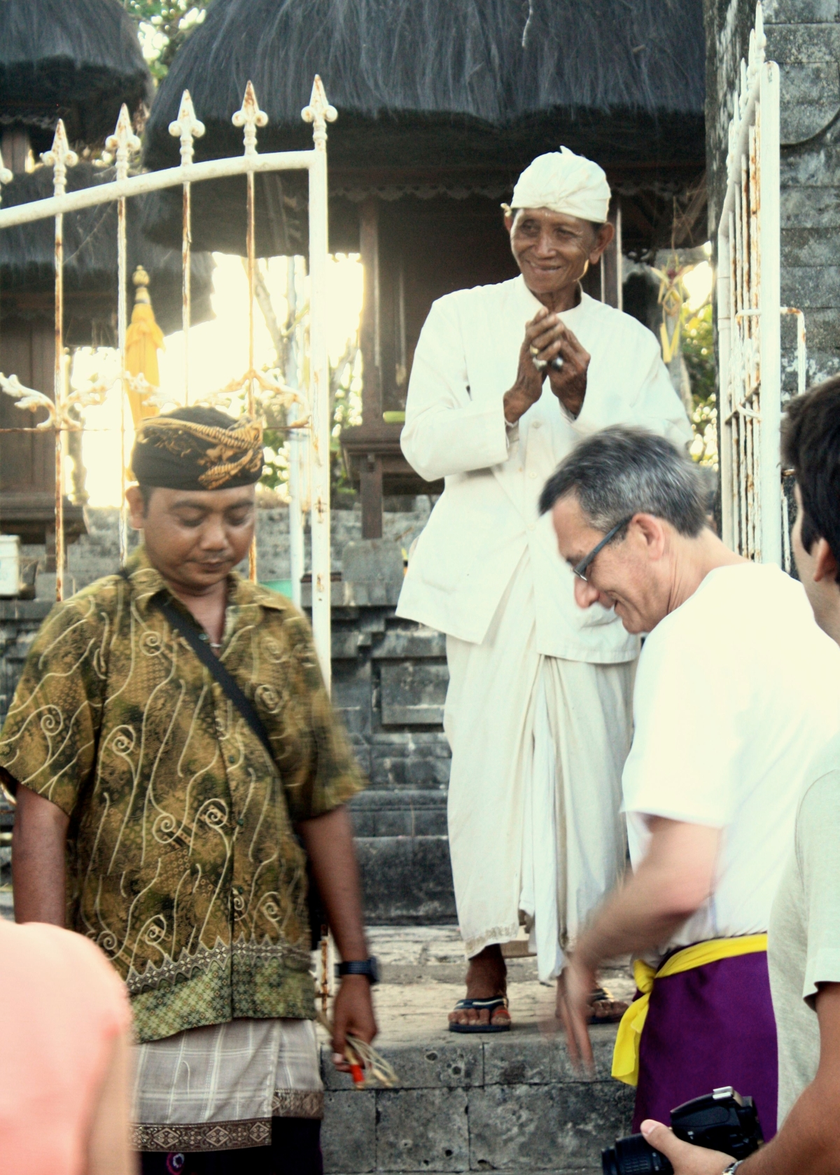 anth-receiving-a-hindu-blessing.jpg